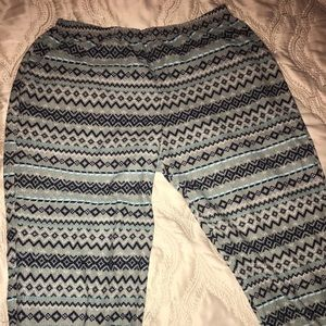 Stretchy, Multi-Colored, Patterned pants